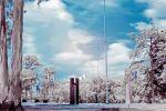 FREDERICO EVARISTO - A Luz que Não Vemos 1, fotografia infravermelha, impressão sobre papel fine arte (Hahnemuhle), 60 X 40, 2013, R$600,00