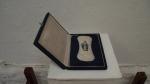 JANICE DE PIERO ST;  objeto; 20 x 15 x 2,5cm; 2002; Coleção Nelson Leirner R$ 39.650,00