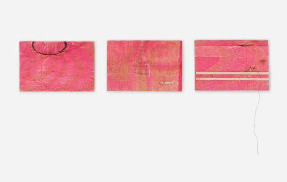 THAIS GUGLIELME, ST, série Encerrona (2016), madeira, prego e linha de  costura, 15cm x 10cm (cada) - tríptico, R$840,00