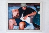 MARCIO FONSECA, Como explicar a obra de Nelson Leirner para uma lebre viva; fotografia; 22 x 26cm; 2005; R$39.650,00